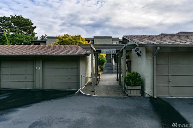 6710 Parkpoint Wy NE E-402, Seattle, WA 98115 (#1198390) :: Ben Kinney Real Estate Team