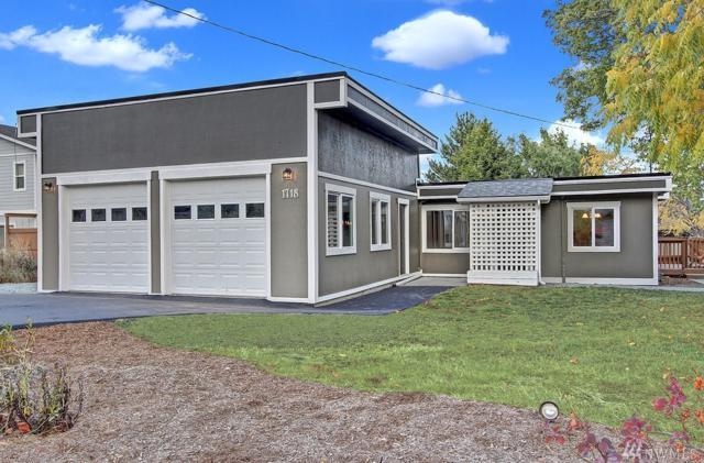 1718 28th St, Anacortes, WA 98221 (#1199529) :: Ben Kinney Real Estate Team