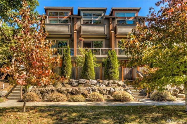 2340 44th Ave SW B, Seattle, WA 98116 (#1199749) :: Ben Kinney Real Estate Team