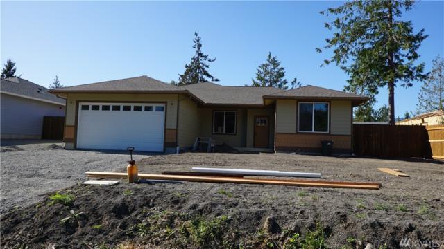 2410 W 10th St, Port Angeles, WA 98363 (#1200440) :: Ben Kinney Real Estate Team