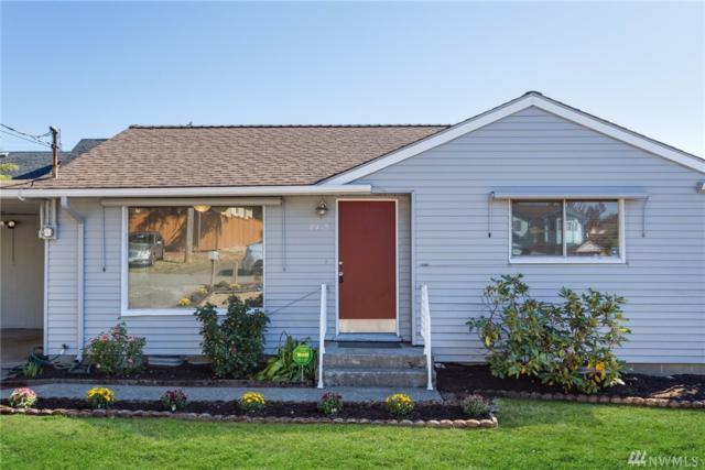 8410 39th Ave S, Seattle, WA 98118 (#1200844) :: Ben Kinney Real Estate Team