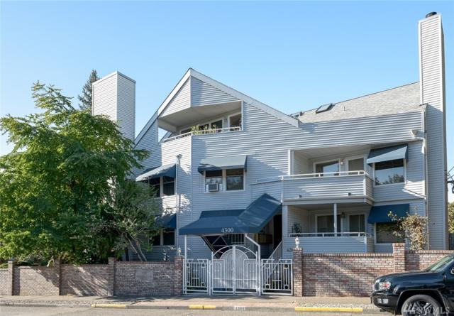 4300 NE 55th St, Seattle, WA 98105 (#1201046) :: Ben Kinney Real Estate Team