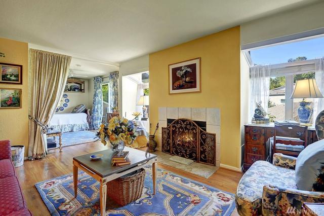 7428 W Lake Sammamish Parkway NE, Redmond, WA 98052 (#1201082) :: Ben Kinney Real Estate Team