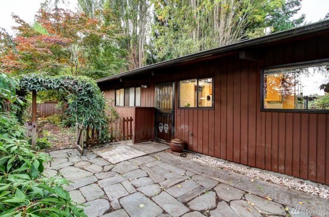 2839 NE 107th St, Seattle, WA 98125 (#1201775) :: Ben Kinney Real Estate Team
