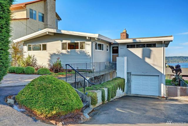 8214 S 124th St, Seattle, WA 98178 (#1202764) :: Ben Kinney Real Estate Team