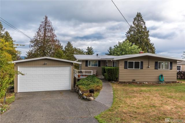 683 Maplewood Lp, Oak Harbor, WA 98277 (#1202874) :: Pettruzzelli Team