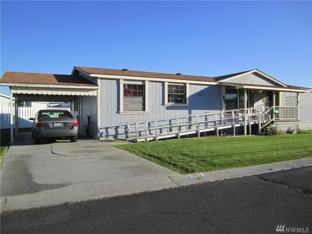 2240 W Broadway Ave #207, Moses Lake, WA 98837 (#1203538) :: Homes on the Sound