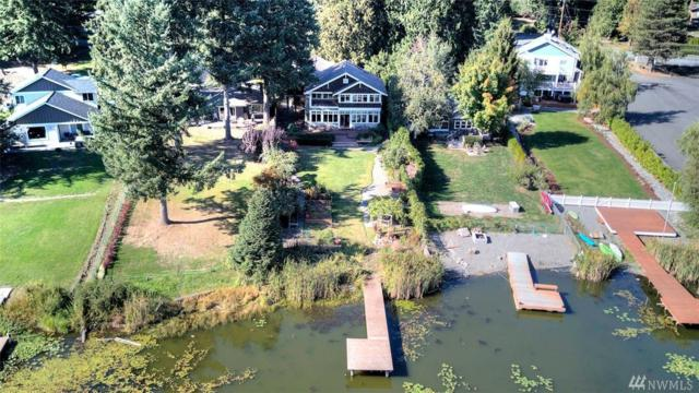17420 West Lake Desire Dr SE, Renton, WA 98058 (#1203547) :: Ben Kinney Real Estate Team