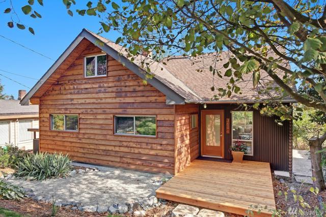 3644 36th Ave W, Seattle, WA 98199 (#1203875) :: Ben Kinney Real Estate Team