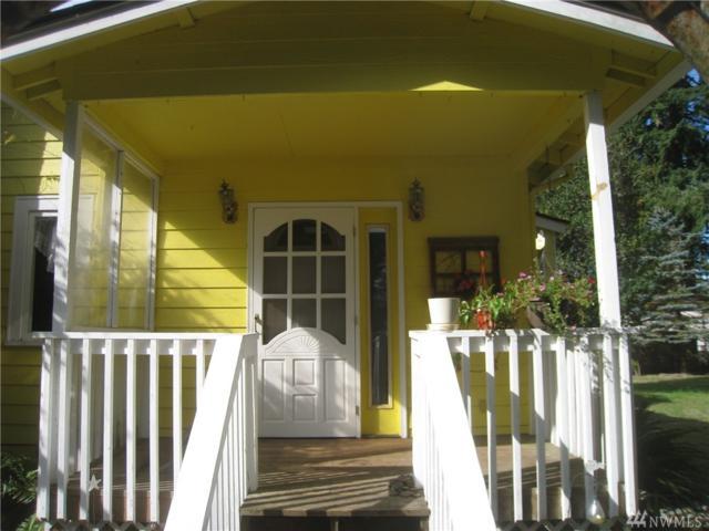 303 Quick Rd, Castle Rock, WA 98611 (#1204084) :: Ben Kinney Real Estate Team