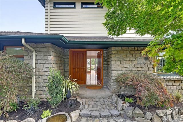 334 Erie Ave, Seattle, WA 98122 (#1204780) :: Ben Kinney Real Estate Team