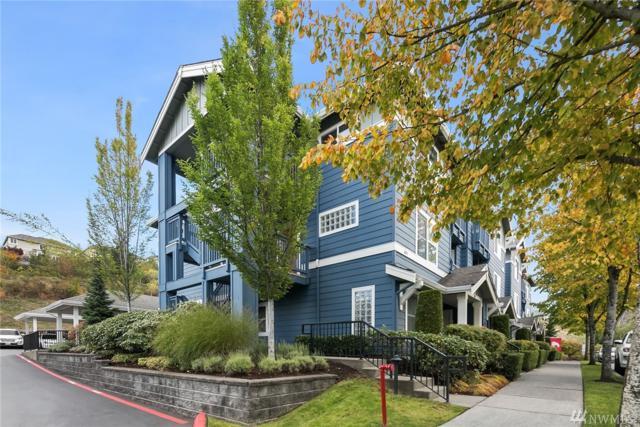 1652 25th Place NE #301, Issaquah, WA 98029 (#1205126) :: Ben Kinney Real Estate Team