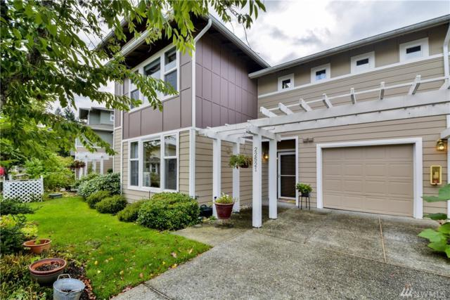 22521 SE 37th Terr #1411, Issaquah, WA 98029 (#1205147) :: Ben Kinney Real Estate Team