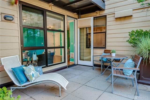 4116 California Ave SW #208, Seattle, WA 98116 (#1205196) :: Ben Kinney Real Estate Team