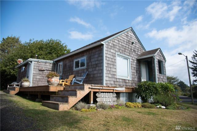 40 Railroad Ave, Pacific Beach, WA 98571 (#1207028) :: Ben Kinney Real Estate Team