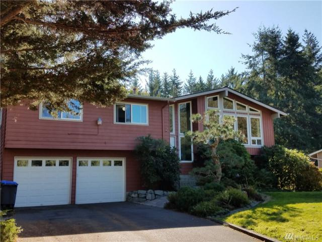 3107 NE 40th Place, Bremerton, WA 98310 (#1207309) :: Priority One Realty Inc.