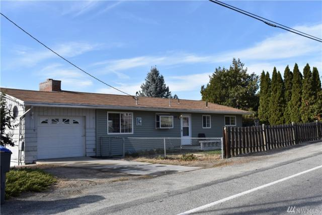 2422 NW Cascade Ave Ave, East Wenatchee, WA 98802 (#1207370) :: Ben Kinney Real Estate Team