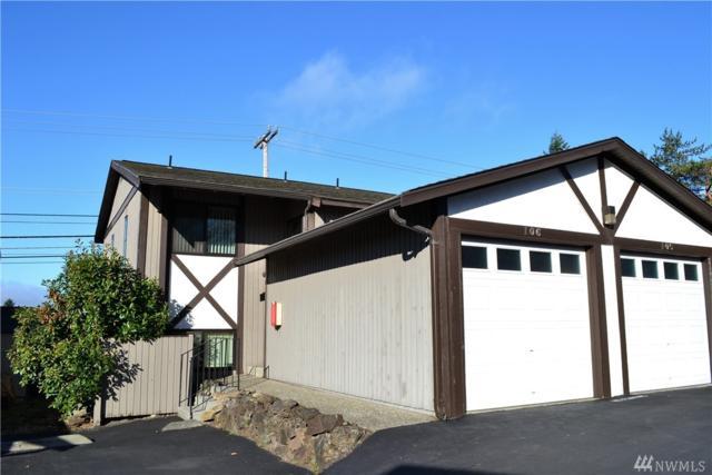 323 SW 112th St #106, Seattle, WA 98146 (#1207546) :: Ben Kinney Real Estate Team