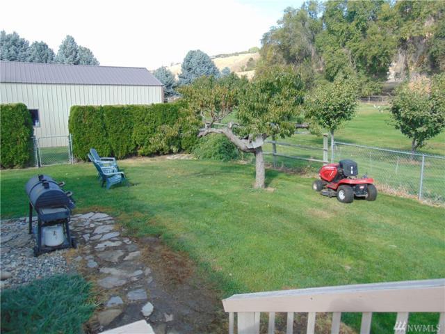 3501 Rock Island Rd, East Wenatchee, WA 98802 (#1207583) :: Ben Kinney Real Estate Team