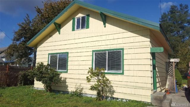 319 W Chestnut St, Centralia, WA 98531 (#1207858) :: Ben Kinney Real Estate Team
