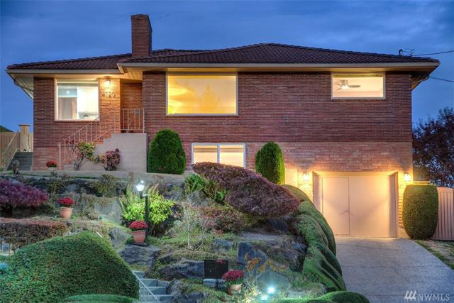 4120 47th Ave S, Seattle, WA 98118 (#1208137) :: Better Homes and Gardens Real Estate McKenzie Group
