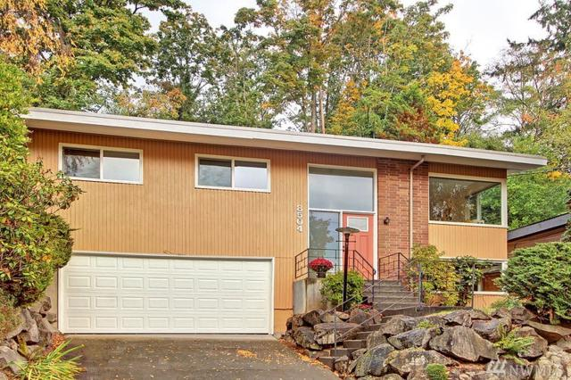 8504 25th Ave NE, Seattle, WA 98115 (#1208280) :: Alchemy Real Estate
