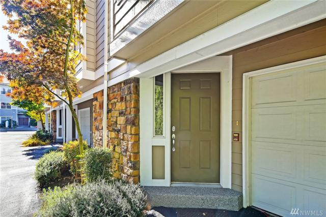7216 NE 182nd St, Kenmore, WA 98028 (#1208290) :: Ben Kinney Real Estate Team