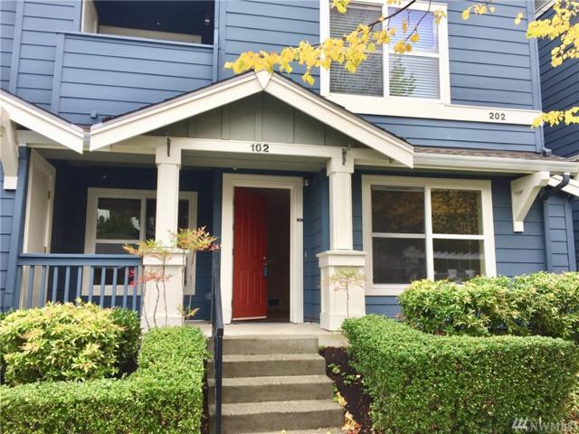 1698 25th Ave NE #102, Issaquah, WA 98029 (#1208686) :: Ben Kinney Real Estate Team