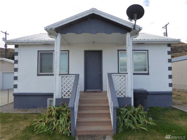 312 Roosevelt Dr, Grand Coulee, WA 99133 (#1208903) :: Ben Kinney Real Estate Team