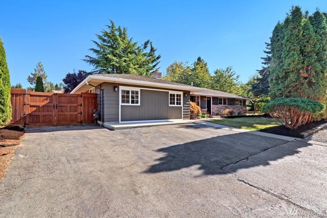 13109 27th Dr SE, Everett, WA 98208 (#1209085) :: Ben Kinney Real Estate Team