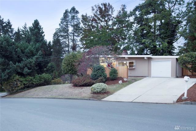 1115 160th Ave SE, Bellevue, WA 98008 (#1209477) :: Ben Kinney Real Estate Team