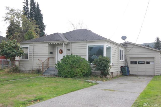 921 Warner St, Sedro Woolley, WA 98284 (#1210730) :: Ben Kinney Real Estate Team