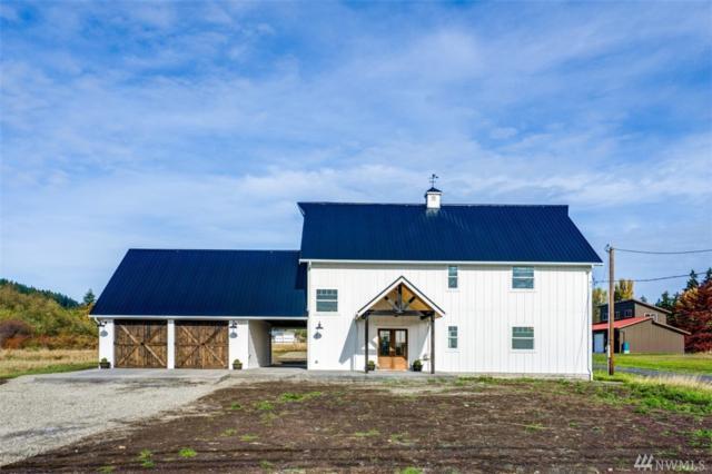 157 Russell Rd, Camano Island, WA 98282 (#1210733) :: Ben Kinney Real Estate Team