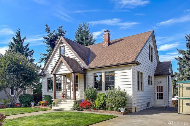 4011 41st Ave SW, Seattle, WA 98116 (#1215729) :: Ben Kinney Real Estate Team