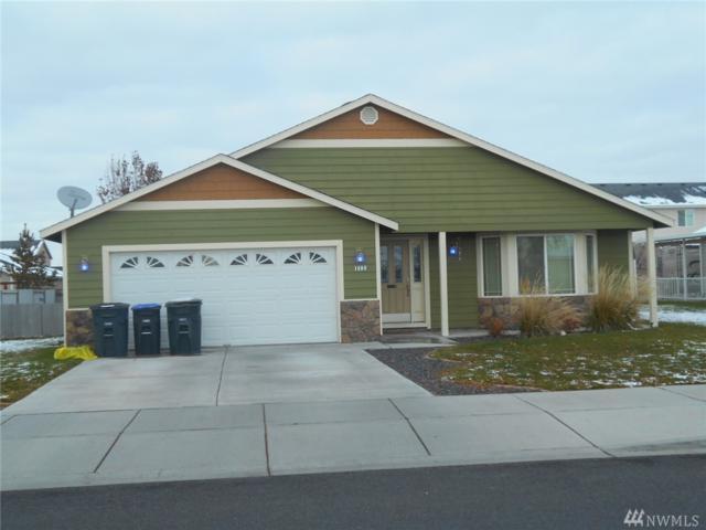 1408 E Greens Loop Rd, Moses Lake, WA 98837 (#1216471) :: Ben Kinney Real Estate Team