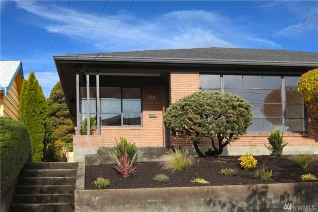 706 N 77th St, Seattle, WA 98103 (#1217252) :: Ben Kinney Real Estate Team