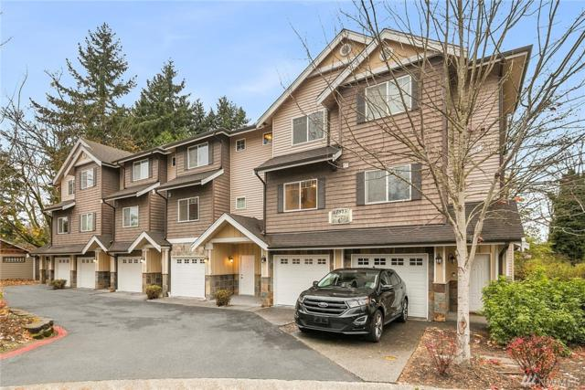 17815 80th Ave NE C-2, Kenmore, WA 98028 (#1218840) :: The Snow Group at Keller Williams Downtown Seattle