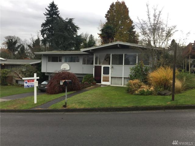 8009 S 113th St, Seattle, WA 98178 (#1219989) :: Real Estate Solutions Group