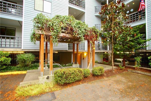 710 N 160th St B210, Shoreline, WA 98133 (#1220143) :: Windermere Real Estate/East