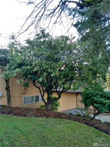 4457 119th Ave SE, Bellevue, WA 98006 (#1224798) :: Carroll & Lions