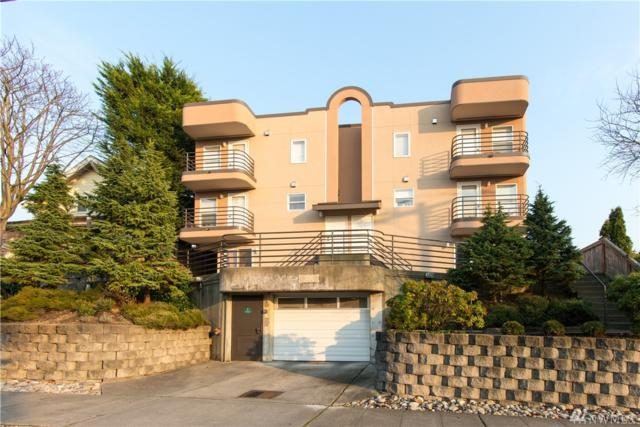 3216 14 Ave W #202, Seattle, WA 98119 (#1225143) :: Keller Williams - Shook Home Group