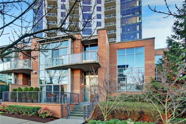 10662 NE 9th Place, Bellevue, WA 98004 (#1225568) :: Pettruzzelli Team