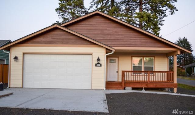304 E C St, Shelton, WA 98584 (#1225582) :: NW Home Experts