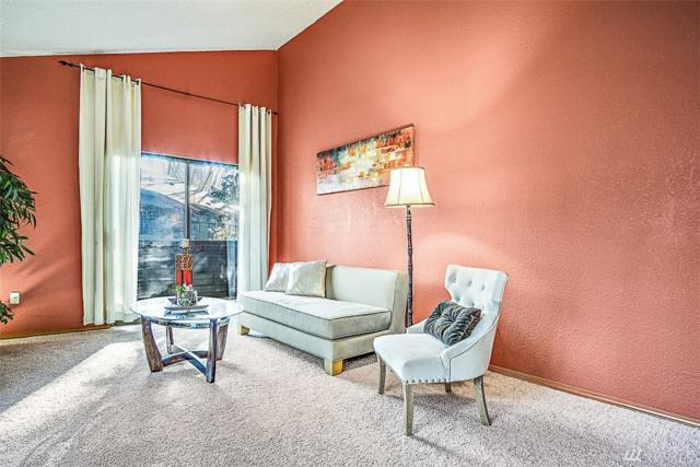 10005 NE 123rd St Unitc, Kirkland, WA 98034 (#1226169) :: Keller Williams Realty Greater Seattle