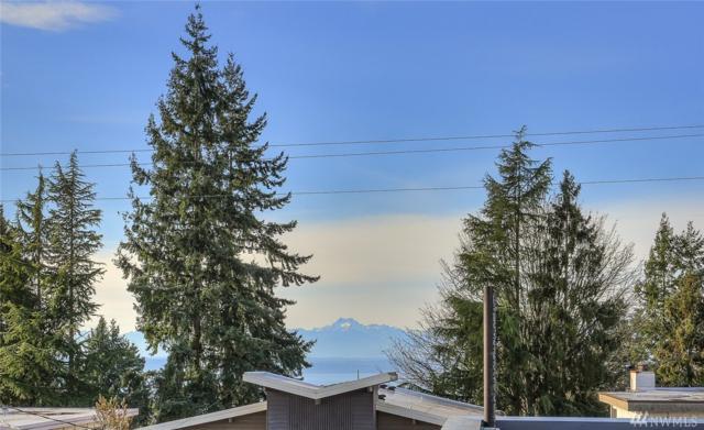 11528 Greenwood Ave N, Seattle, WA 98133 (#1226498) :: Icon Real Estate Group