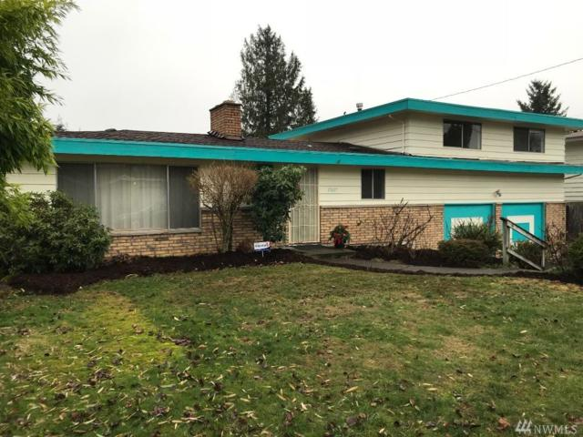 17637 110th Ave SE, Renton, WA 98055 (#1226864) :: Morris Real Estate Group