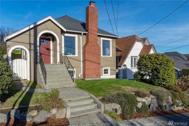 2450 W Lynn St, Seattle, WA 98199 (#1230556) :: Alchemy Real Estate
