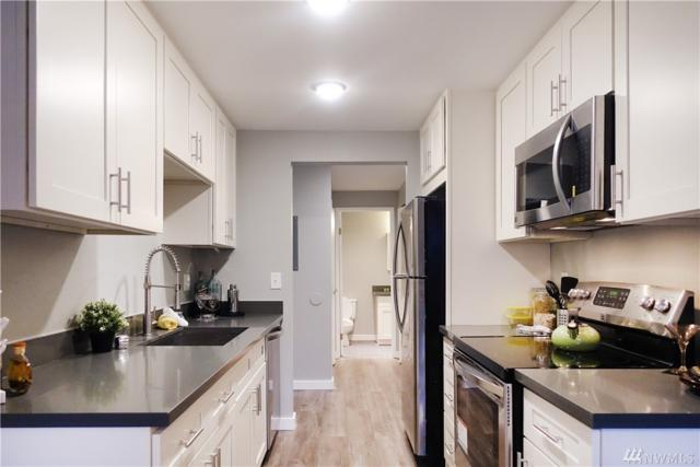 710 N 160th St B302, Shoreline, WA 98133 (#1230773) :: The DiBello Real Estate Group