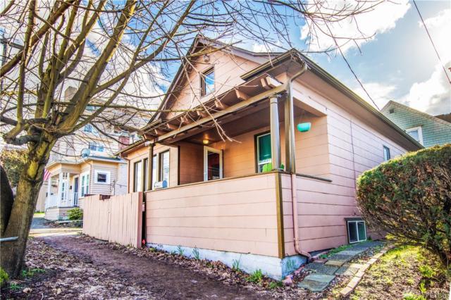 1305 NE 55th St, Seattle, WA 98105 (#1231154) :: The DiBello Real Estate Group