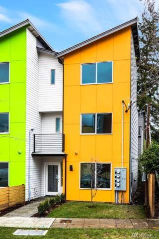 7527 43rd Ave S, Seattle, WA 98118 (#1233595) :: Homes on the Sound